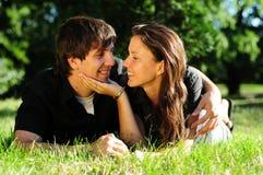 amour occasionnel de couples photo stock