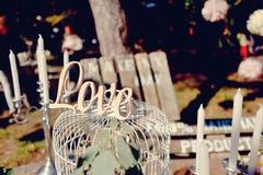 Amour par lueur d'une bougie Images stock
