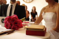Amour romantique 12 de symboles de mariage de couples de mariage Photos libres de droits