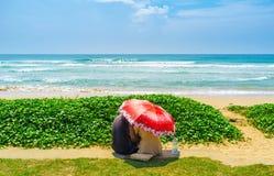 Amour sous le parapluie Photos libres de droits