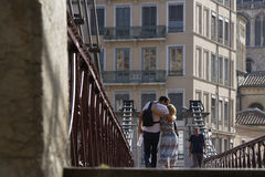 Amour sur la passerelle Photos stock