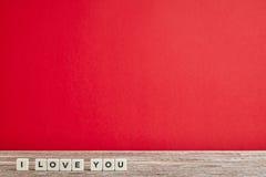 Amour sur le Tableau en bois Photos stock