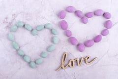 Amoureux, amour en bois d'inscription Images libres de droits