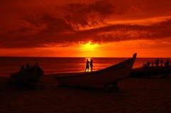 Amoureux de coucher du soleil Photos stock