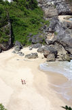 Amoureux sur la plage Photos stock