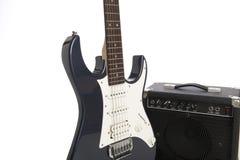 amp ηλεκτρική κιθάρα Στοκ φωτογραφίες με δικαίωμα ελεύθερης χρήσης