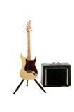 amp ηλεκτρική κιθάρα στοκ φωτογραφία με δικαίωμα ελεύθερης χρήσης