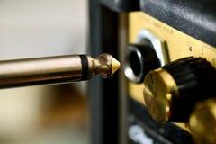 Amp e cavo della chitarra Fotografia Stock Libera da Diritti
