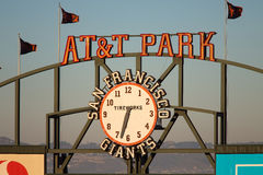 AT&T parken Zeichen Lizenzfreie Stockfotos