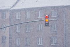 Ampeln während der schweren Schneefälle Stockfotografie