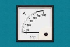 Amperímetro análogo do painel fotografia de stock