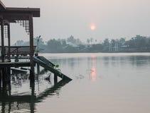 Amphawa浮动的市场, Amphawa,泰国视图 库存图片