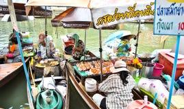 amphawa floting的市场泰国 免版税库存照片