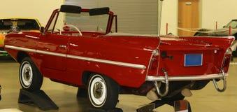 1967年Amphicar古董车背面图  库存图片