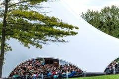 Amphithéâtre en parc Phillipsruhe de château dans Hanau, Allemagne image stock