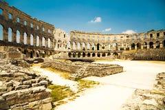 Amphithéâtre romain antique dans les Pula, Croatie Photos libres de droits