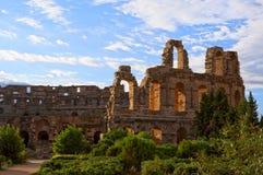 Amphithéâtre romain antique en EL Jem, Tunisie photos stock