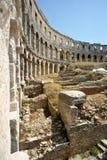 Amphitheater nei PULA Immagini Stock