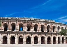 amphitheater roman forntida nimes royaltyfri bild