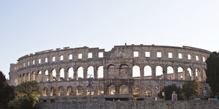 Amphitheater romano nei PULA immagini stock