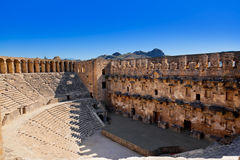 Amphitheater velho Aspendos em Antalya, Turquia fotos de stock royalty free