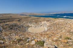 Amphitheatre antigo, console de Delos, Greece imagens de stock