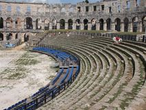Amphitheatre antigo nos Pula fotos de stock