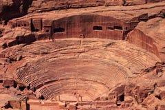 Amphitheatre romano en el Petra Fotos de archivo libres de regalías