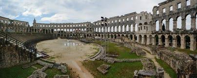 Amphitheatre romano nos Pula, Croatia fotografia de stock royalty free