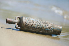 Amphora in the sand Royalty Free Stock Photos