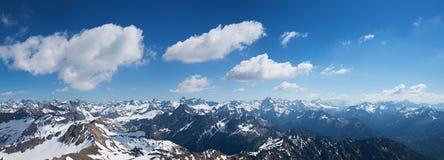 Ampia vista dalla sommità del nebelhorn nelle alpi di allgau Fotografia Stock