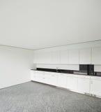 Ampio appartamento, cucina moderna Fotografie Stock Libere da Diritti