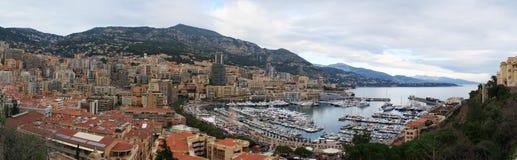 Ampio panorama del Monaco, Riviera francese Immagine Stock