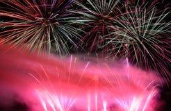 Amplia gama de los colores (fuegos artificiales) Imagen de archivo libre de regalías