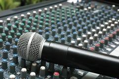 Amplificador do microfone para negociações Imagens de Stock