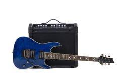 Amplificador y eléctrico-guitarra de la guitarra Fotografía de archivo libre de regalías