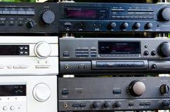 Amplificadores audio velhos, já não produzidos imagens de stock royalty free