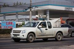Amplificadores e altifalante poderosos no camionete imagens de stock