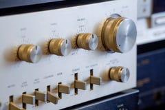 Amplificatore stereo ad alta fedeltà di alluminio d'annata Immagini Stock Libere da Diritti