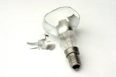 Ampoule éclatée image stock