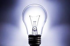 Ampoule électrique avec le fond clair Photos stock