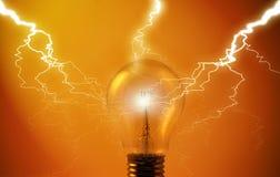 Ampoule avec la foudre Image libre de droits