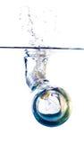 Ampoule dans l'eau photo libre de droits