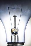 Ampoule incandescente claire d'isolement sur le blanc Image libre de droits