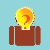 Ampoule lumineuse avec la question sur l'homme photos stock