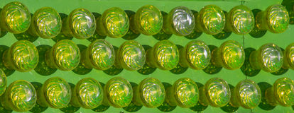 ampoules accrochant sur un endroit fixe Image libre de droits