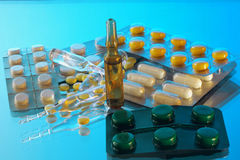 Ampoules and tablets Royalty Free Stock Photos