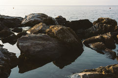 Ampuł skały na morzu Fotografia Stock