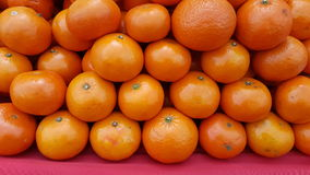 Ampuła stos owoc, pomarańcze Obraz Stock