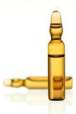 ampułka target584_0_ leka kolor żółty zdjęcia royalty free